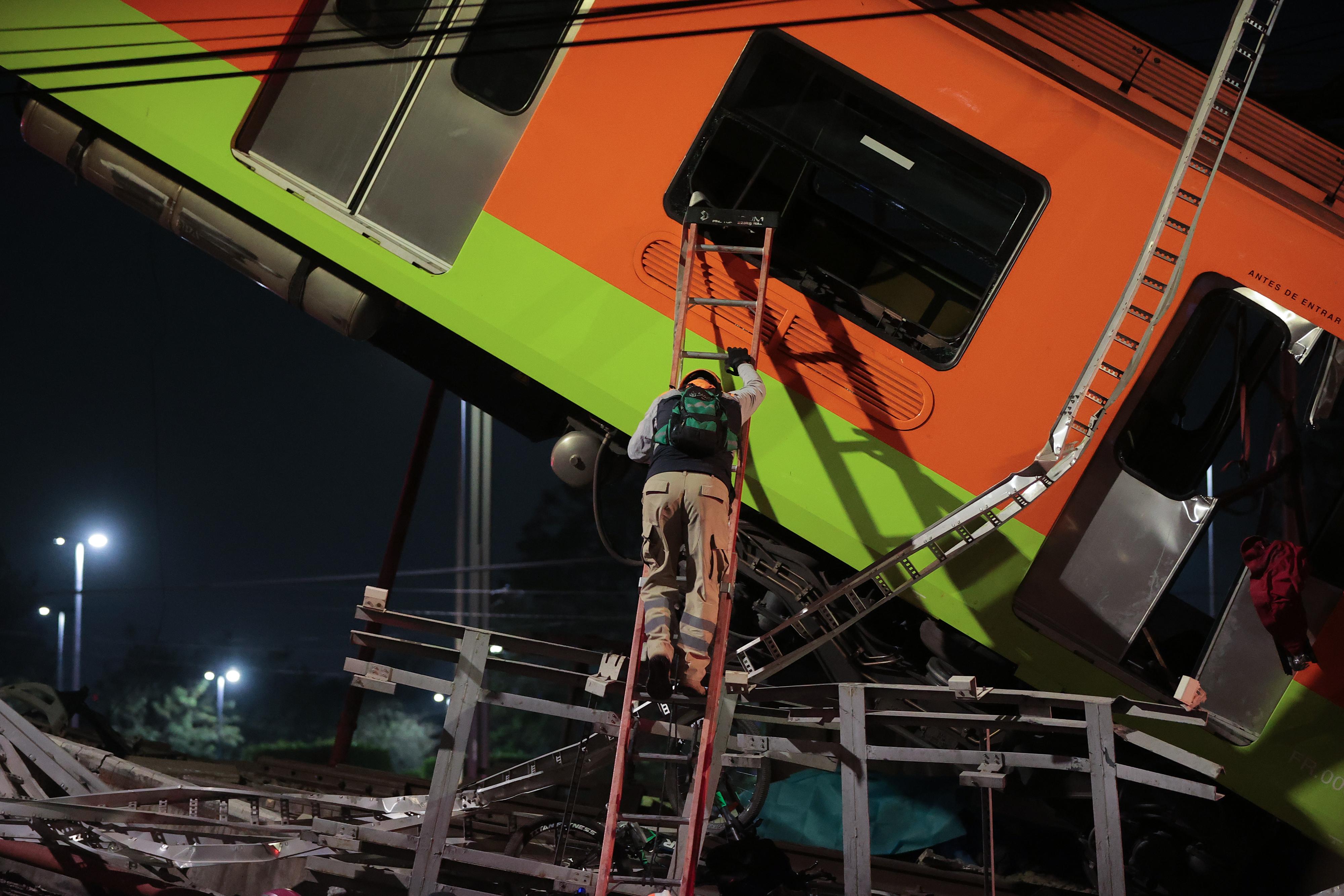Metro Bridge Collapses in Mexico City