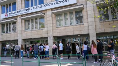 cozi la vaccinare in ungaria