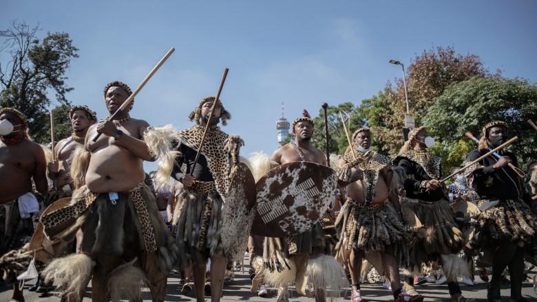 parada-zulu (2)