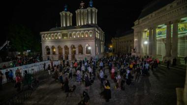Slujba-de-Inviere-basilica
