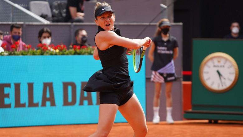 Simona Halep joacă tenis pe zgură la turneul de la Madrid