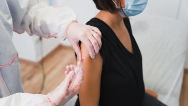 gravide vaccinate impotriva covid