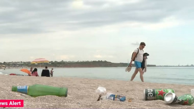 gunoi vama veche plaja