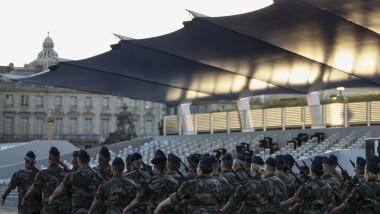 militari francezi profimedia