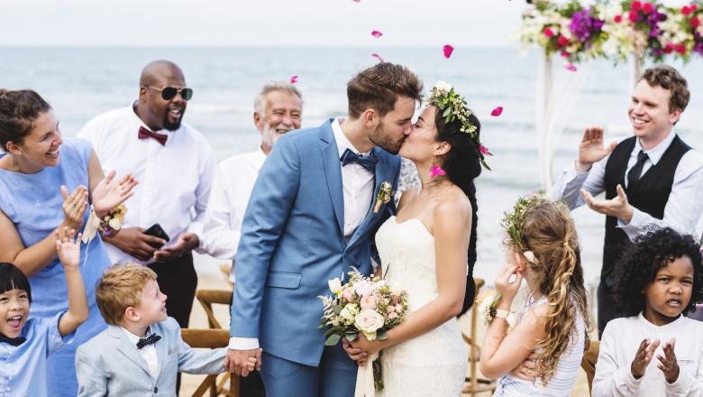 nunta pe plaja - Getty