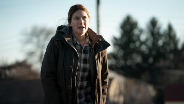"""Scenă din serialul """"Crima din Easttown"""", disponibil în România pe HBO GO"""