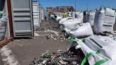 containere deseuri foto politia de frontiera