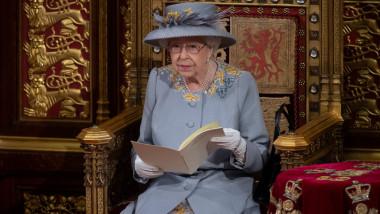 Regina Elisabeta a deschis sesiunea parlamentară