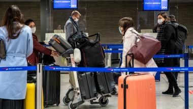 pasageri aeroport londra profimedia