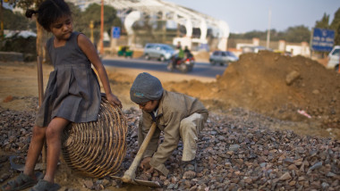 Labour Force Work Under Difficult Conditions To Complete Commonwealth Games