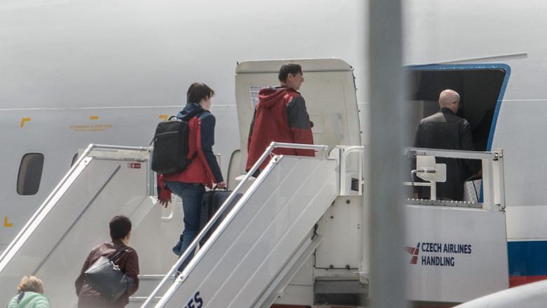 diplomați ruși pleacă din Cehia