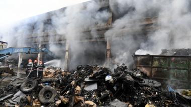 incendiu miliari depozit deseuri barsanesti agerpres_14694005
