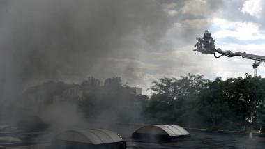 incendiu militari strada barsanesti remat agerpres_14694001