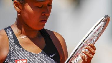 naomi osaka racheta de tenis