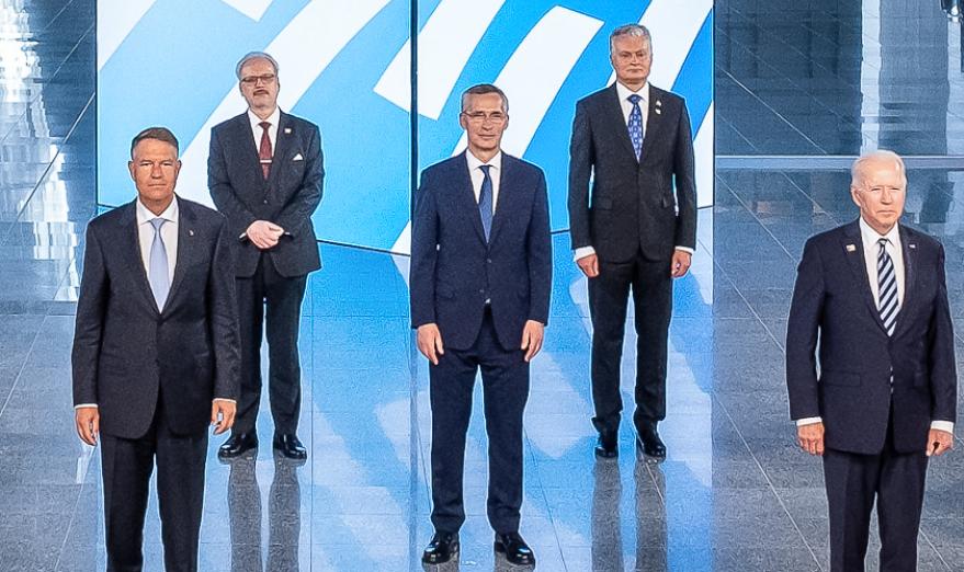 CNN: Joe Biden s-a intalnit separat la summitul NATO cu Klaus Iohannis si cu presedintii Poloniei şi ţarilor baltice
