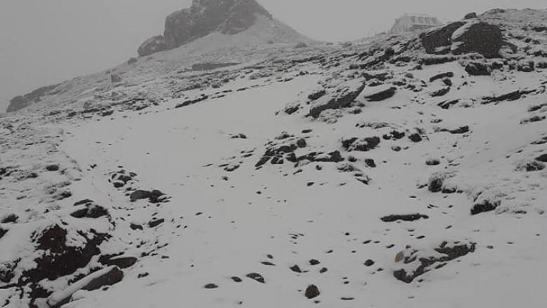 zapada pe munte