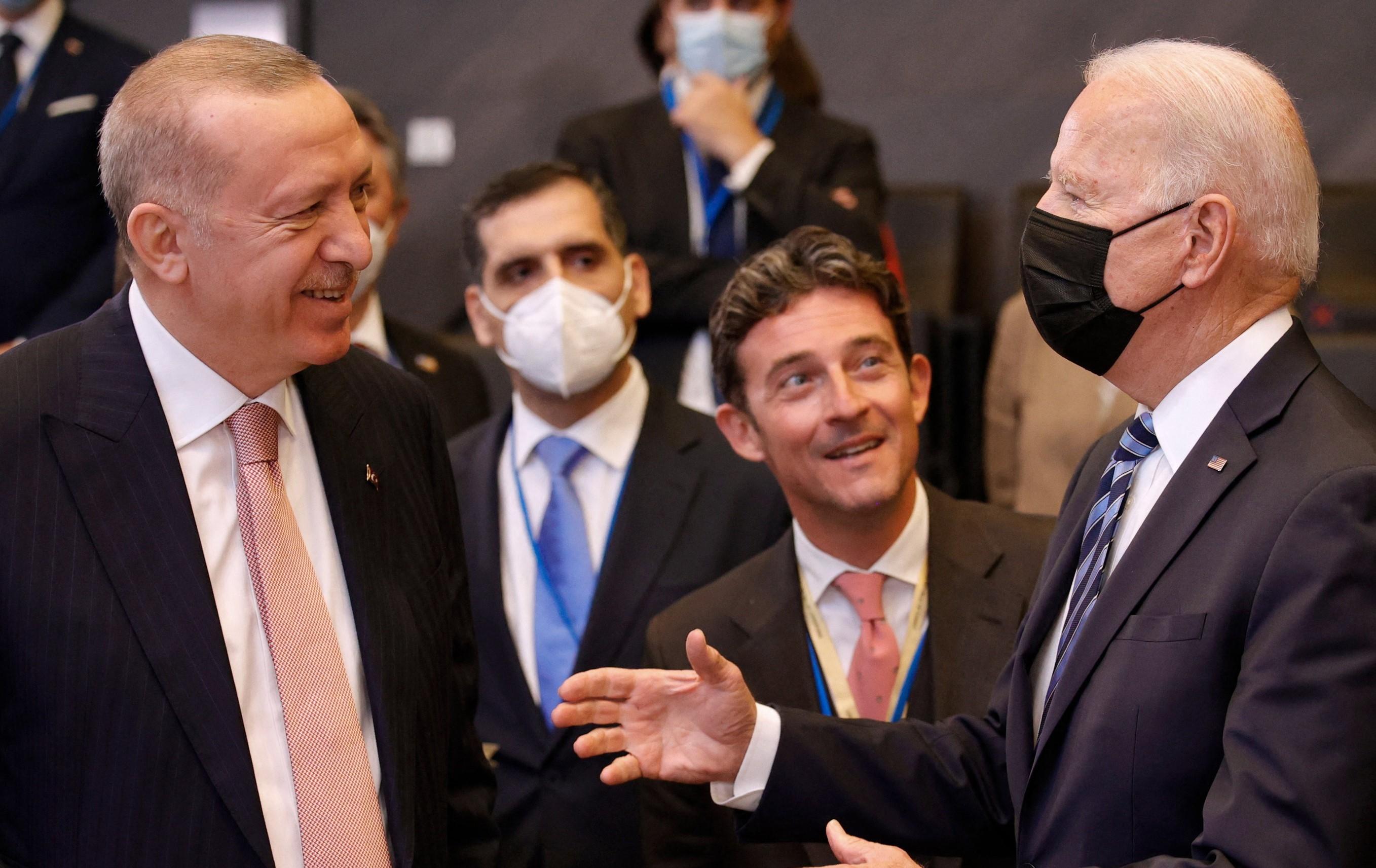 Joe Biden spune ca a avut o conversaţie foarte buna cu Recep Erdogan