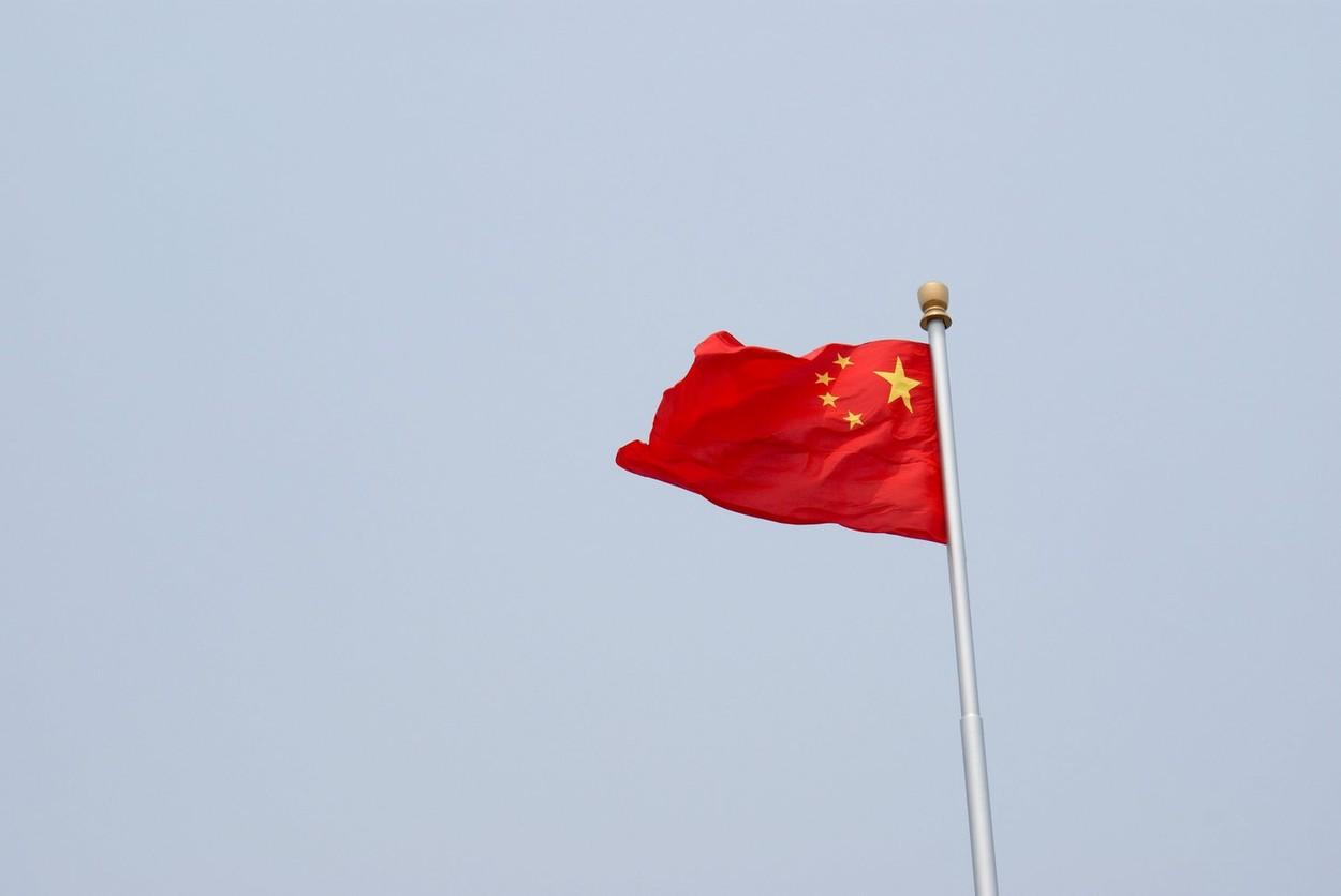 """Beijingul cere NATO sa nu mai """"exagereze teoria Chinei ca amenintare"""" si acuza o """"mentalitate de Razboi Rece"""" din partea aliatilor"""