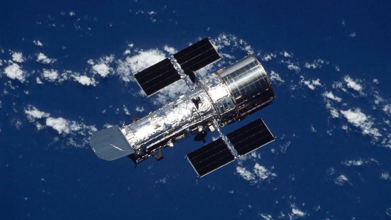 NASA celebrates 25th anniversary of Hubble - 17 Apr 2015