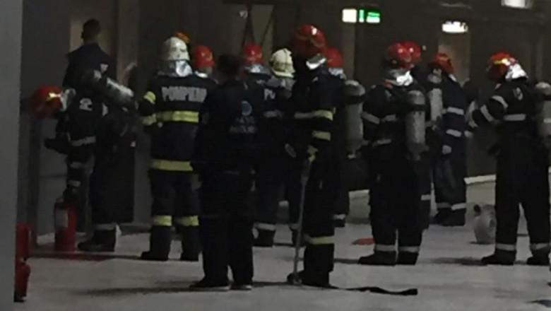 metrou victoriei pompieri 1