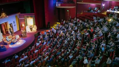 teatrul-national-15-mai-fb