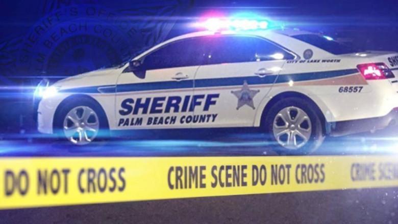 masina de politie SUA si banda nu treceti