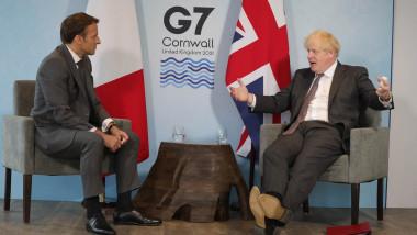 Preşedintele Franței, Emmanuel Macron, alături de prim-ministrul britanic, Boris Johnson la summitul G7.