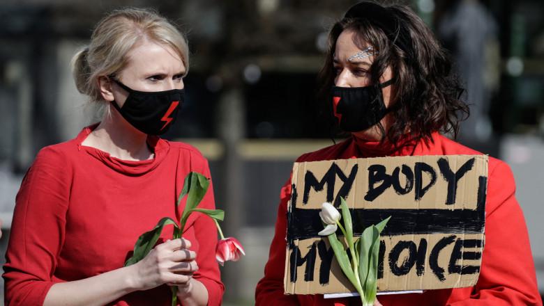protest polonia interzicere avort