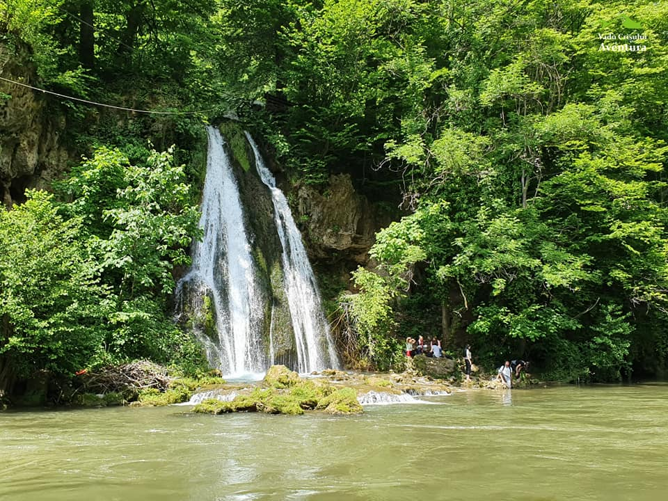 cascada-vadu-crisului-fb.jpg1