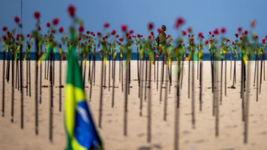 Brazil Reaches 500,000 Deaths Amid Slow Vaccination And Bolsonaro's Pandemic Probe