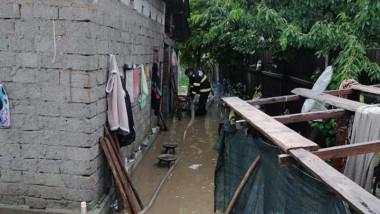 inundatie curte gospodarie
