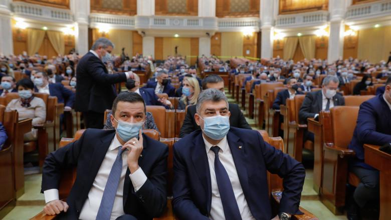 sorin grindeanu in stanga si marcel ciolacu in dreapta in parlament