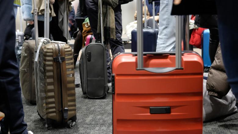 bagaje-pasageri-aeroport-oameni-calatori-GettyImages