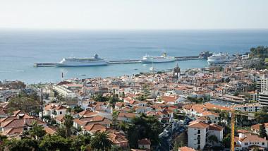 fotografie de sus a unei regiuni din Madeira