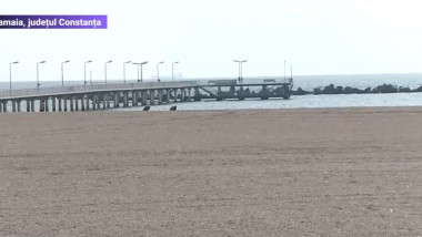 plaja largita din mamaia fara turisti