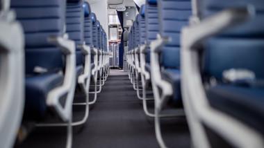 avion interior scaune goale