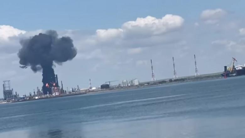 Momentul exploziei de la Rafinăria Petromidia-Năvodari