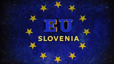 stelele de pe steagul ue in mijlocul carora e scris slovenia
