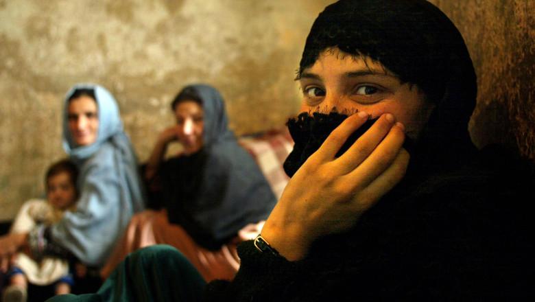 Afghan Female Prisoners In Kabul Wait For Release