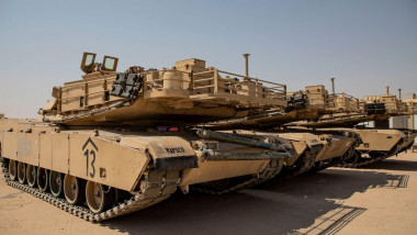 Tancuri americane Abrams.