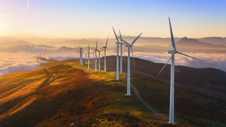 Comisia Europeană vrea să majoreze cu 40% ponderea energiei regenerabile în mixul energetic din Uniunea Europeană până în 2030