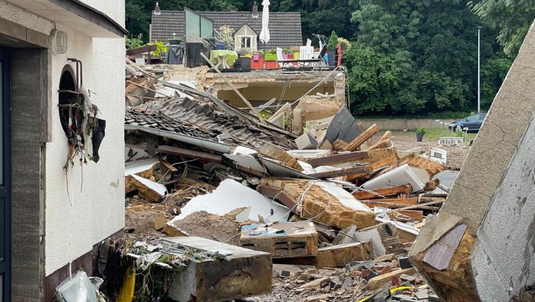 Ploi și inundații violente în Germania, cu cel puțin 11 morți