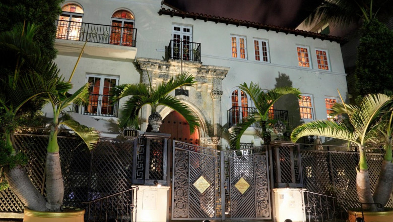 The Villa by Barton G. on Ocean Drive, South Beach, Miami, where Giovanni Versace lived and died.
