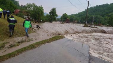 inundatii in urma ploilor torentiale