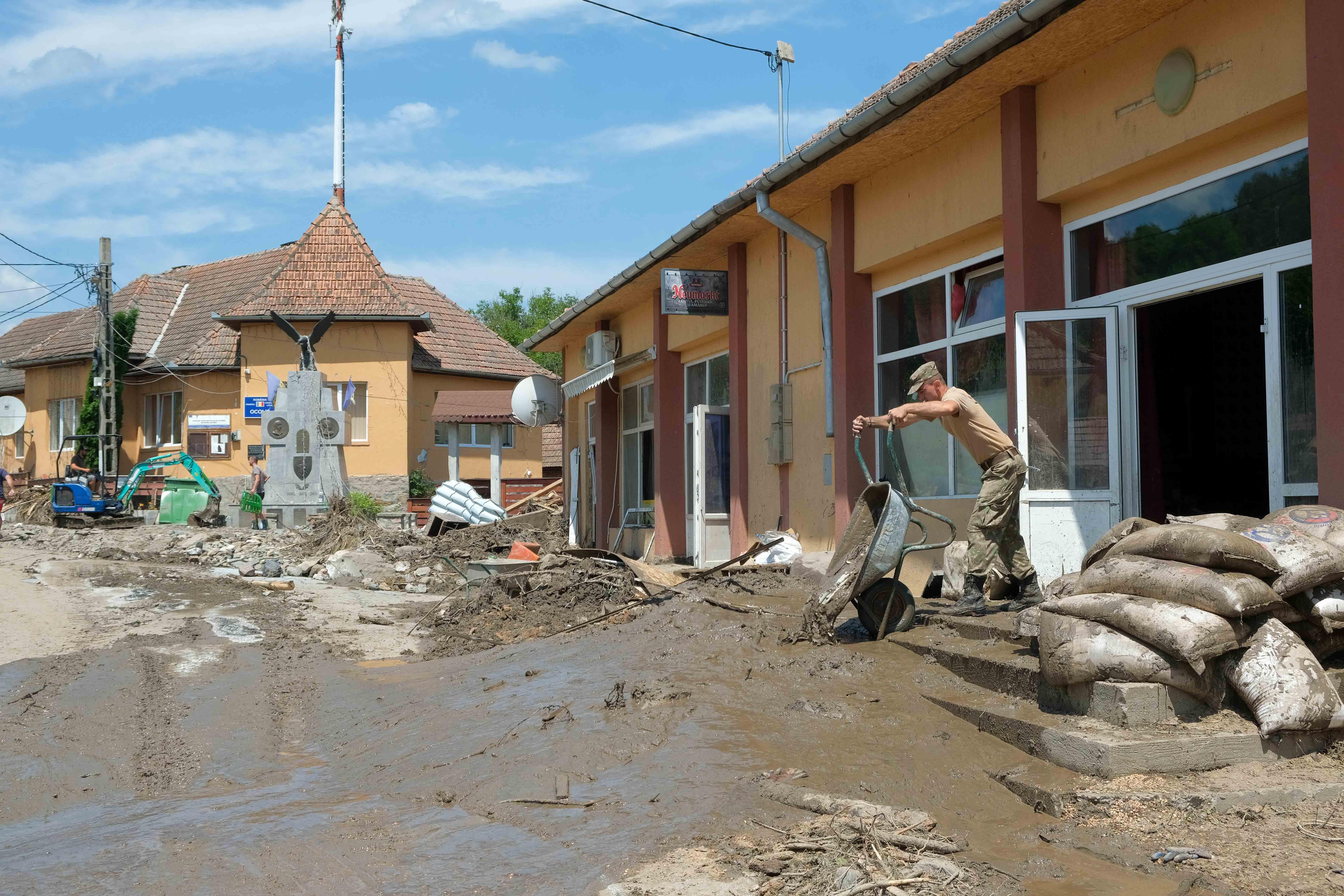 inundatii OCOLIS_ALBA_40INQUAM_Raul_Stef