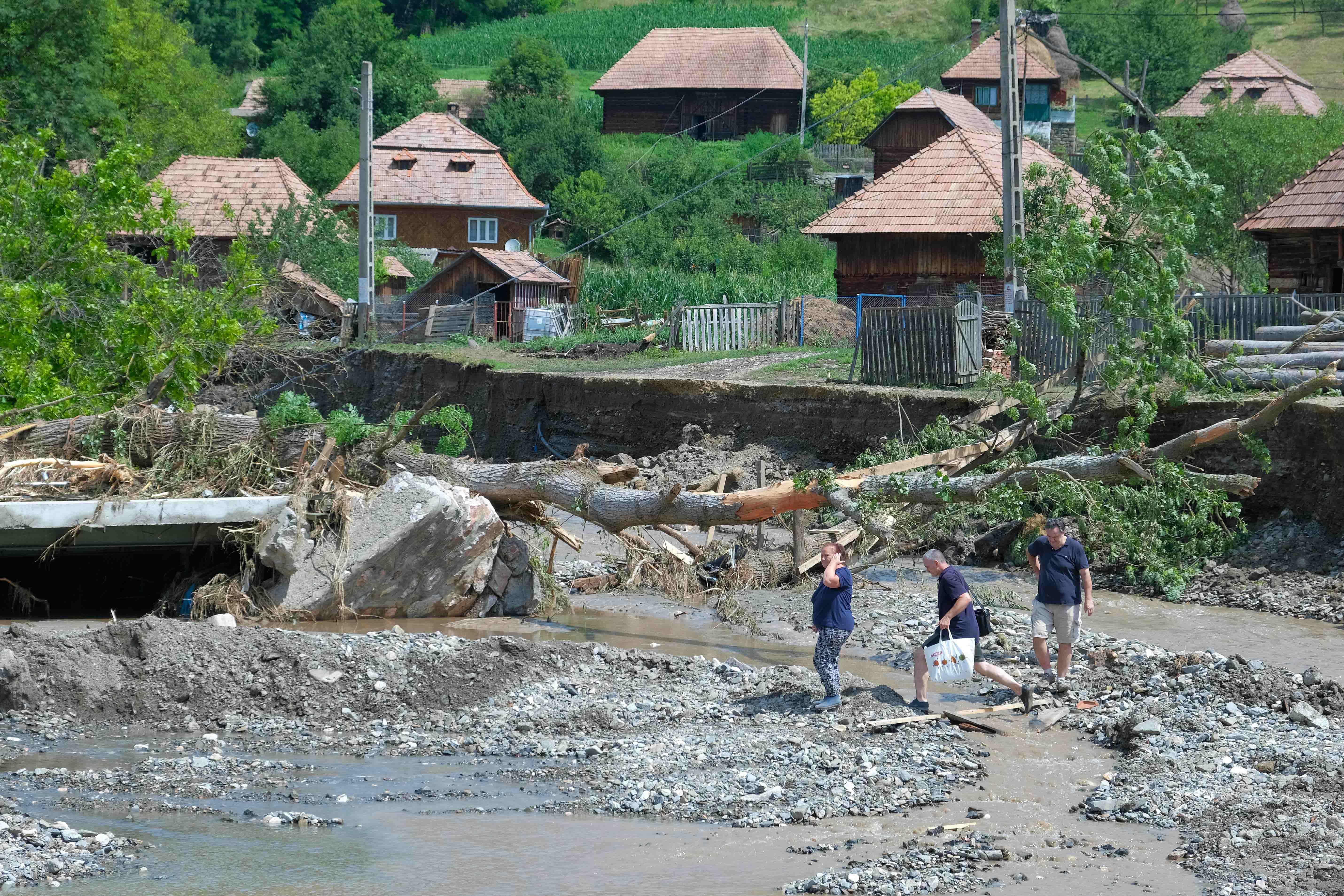 inundatii OCOLIS_ALBA_34INQUAM_Raul_Stef