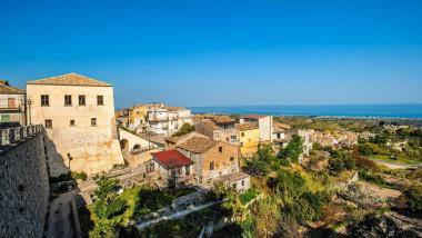 Sat din Calabria, vedere de sus