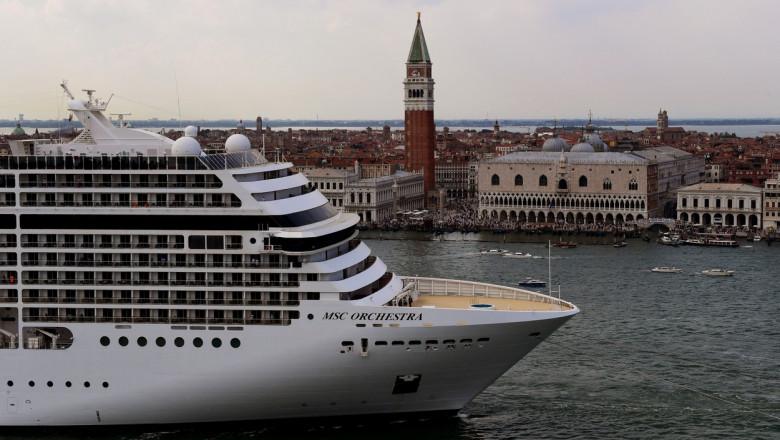 nava de croaziera in venetia