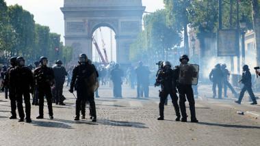 Proteste în Paris