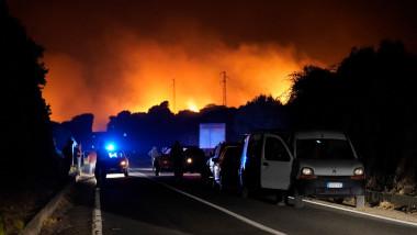Incendii care devastează o parte a insulei Sardinia